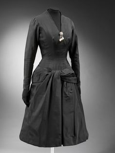 Dinner Dress Jacques Fath, 1955 The Victoria & Albert Museum