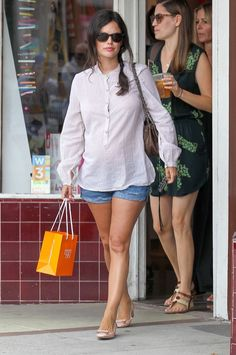 Pregnant Rachel Bilson Shopping For Baby Clothes