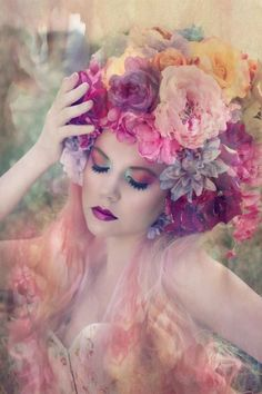 Photography Women Flowers Flora New Ideas Fantasy Photography, Photography Women, Portrait Photography, Photography Flowers, Floral Headdress, Foto Art, Floral Crown, Crown Flower, Flower Crowns