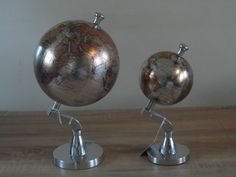 8  4  20 10cm Contemporary Vintage World Globe Silver Chrome Gold Map Decoration
