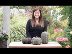 She Pours Concrete Into A Pumpkin Mold And Makes The Coolest Pumpkins For Her Porch! - DIY Joy concrete face garden sculpture She Pours Concrete Into A Pumpkin Mold And Makes The Coolest Pumpkins For Her Porch! Pumpkin Mold, Diy Pumpkin, Pumpkin Crafts, Fall Crafts, Holiday Crafts, Concrete Crafts, Concrete Projects, Concrete Garden, Concrete Art