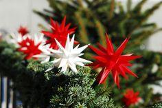 Herrnhut star chain red or white #mybrilliantstar #herrnhutstar #moravianstar