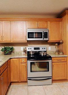 Traditional Light Wood Kitchen Cabinets 91 Kitchen