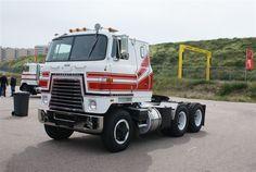 Trucks averitt express