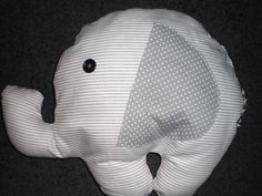 Stoffen olifant wit/grijs van Gernaai op DaWanda.com