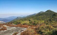 Hoje fizemos a trilha do Pico do Selado o ponto mais alto de Monte Verde Minas Gerais. Caminhamos pelas montanhas atravessando algumas vezes a divisa de estado entre Minas Gerais e São Paulo. #NerdsEmMonteVerde