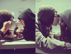 comer juntos y como lo a besos mas rico su saber <3