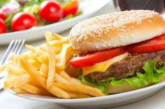 Tired of turkey and veggie versions of what you're really craving? Finally, you can relish the real thing — without blowing your diet. Build a Better Burger Makes: 6 servings[. Burger And Fries, Good Burger, Breakfast Lunch Dinner, Dinner Menu, American Burgers, Acidic Foods, Mets, Junk Food, Diabetes
