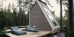 Nido Cabin by Robin Falck - Cabin tiny house in Sipoo, Finland made with recycled materials - Dwell Chalet Design, Cabin Design, Villa Design, Cottage Design, Deck Design, Design Design, Green Architecture, Architecture Design, Minimalist Architecture