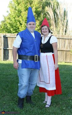 Gnomeo and Juliet - Homemade costumes for couples #halloween #costume