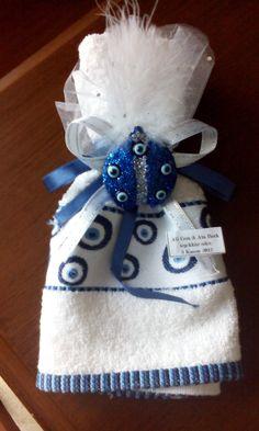 Oğlum Ali ve Ata'nın sünnet düğünlerinde gelen misafirlere hediye ettiğimiz havlu ve buzdolabı magneti.
