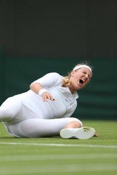 Azarenka falling over. Calm down.