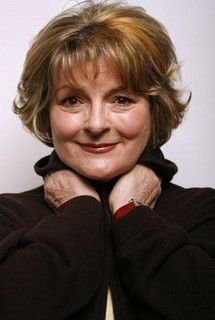 Brenda Blethyn - plays VERA on the BBC Mystery Detective series. Female Actresses, English Actresses, British Actresses, British Actors, Actors & Actresses, British Comedy, Tv Actors, I Look To You, Star Wars