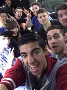 #CubePartyBus Graser's face though!!! XD this is a good selfie.