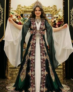 Korean Fashion Dress, Indian Fashion, Fashion Dresses, Couture Dresses, Bridal Dresses, Prom Dresses, Turkish Wedding Dress, Reign Dresses, Moroccan Dress