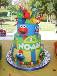 Awesome cake at a Sesame Street Birthday Party! See more party ideas at… Baby 1st Birthday, 1st Boy Birthday, 3rd Birthday Parties, Birthday Ideas, Sesame Street Birthday Cakes, Sesame Street Cake, Elmo Invitations, Sesame Street Invitations, Cookie Monster Party