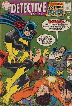 Batgirl on cover of Detective Comics Comic Book Artists, Comic Book Characters, Comic Character, Batman Detective Comics, Batman Comics, Batman Cartoon, Cartoon Art, Batman Comic Books, Comic Books Art