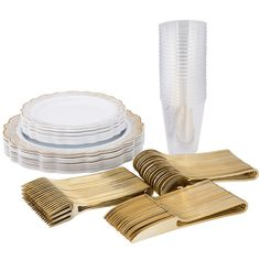 Confetti White Gold plastic disposable wedding Party Pack 60 setting - Give your table a beautiful look with this confetti gold and white set. This set is complete for a setting of 60 guests. Included is our confetti white gold dinnerware value set, the new shiny gold modern cutlery and 12 oz plastic crystal party cups. Wow dinner guests or give your wedding reception the look of elegance on a budget.     Please note: Gold beaded charger plate is not included in the set Wedding Plastic Cups, Wedding Cups, Wedding Reception, Plastic Dinner Set, Gold Plastic Plates, Gold Flatware, Disposable Plates, Gold Cup, Party Cups