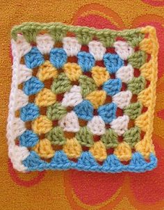 Smooth Fox Spiral Granny Square