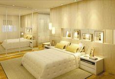 a modulação estreita atrás da cama pode servir para guardar sapatos, bolsas,óculos, jóias, acessórios....