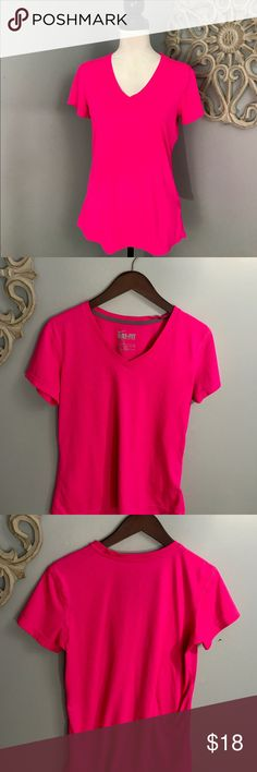 Nike | Pink Dri-Fit Tee EUC condition Nike Dri-Fit Pink tee.   Great to wear everyday or just for workouts.  No stains, rips, tears or snags. Nike Tops Tees - Short Sleeve