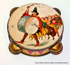 Pied_Piper_biscuit_tin_(Carrs).jpg 1,200×1,114 pixels