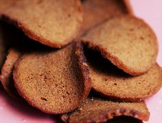A healthier and cheaper version of Gardetto's Rye (Bagel) Chips.