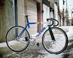 "bikeplanet: ""Bianca 2.0 (2009 Cinelli Vigorelli) """