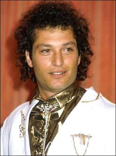 Here's a picture of a curly haired Howie Mandel for those of you who haven't seen it.