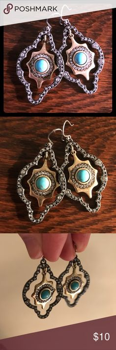 Lucky Brand 🍀 turquoise and rhinestone earrings These earrings from Lucky Brand have been worn only once! They have rhinestone detailing and a turquoise center. Lucky Brand Jewelry Earrings