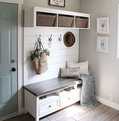50 Stunning Farmhouse Mudroom Decor Ideas and Remodel - . 50 Stunning Farmhouse Mudroom Decor Ideas and Remodel – Source by Mudroom Laundry Room, Mud Room Lockers, Mudroom Cubbies, Entry Way Lockers, Laundry Room Colors, Kitchen Colors, Diy Home Decor, Room Decor, Country Modern Decor