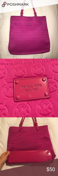Michael Kors purse / media bag Beautiful hot pink bag with sued inside that can be used with laptop / Ipad or as a regular purse (like I did!) Michael Kors Bags Shoulder Bags