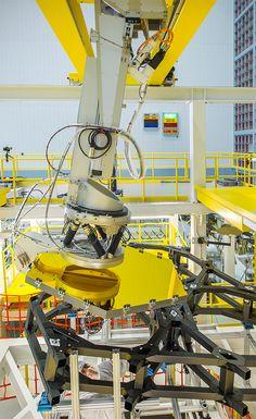 Webb Telescope Crew Flexes Robotic Arm at NASA | NASA