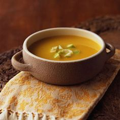 Ginger, Squash & Apple Soup by hearthealthyonline: Distinctive, flavorful, healthy and delicious!  #Soup #Ginger #Squash #Apple #Healthy