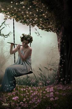 SWINGING LADY by ~ustar2 on deviantART
