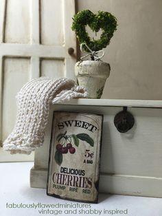 Fabulously Flawed Miniatures: Beautiful Mini Topiary Pots...