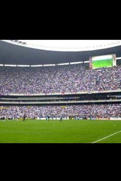 Estadio Azteca a tope. Mexico DF.