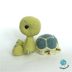 Turtle crochet pattern... link for the pattern: http://www.ravelry.com/patterns/library/turtle-toy