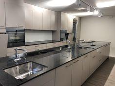Schulküche Sink, Kitchen Cabinets, Home Decor, Sink Tops, Vessel Sink, Decoration Home, Room Decor, Vanity Basin, Cabinets