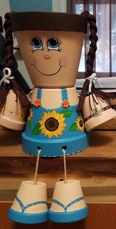 Clay Pot People - Hobbies paining body for kids and adult Flower Pot Art, Clay Flower Pots, Flower Pot Crafts, Clay Pots, Flower Pot People, Clay Pot People, Clay Pot Projects, Clay Pot Crafts, Painted Plant Pots