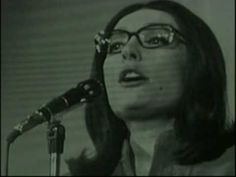 Nana Mouskouri - La Dernière Rose de L'été -  1969 ~ The last rose. If tomorrow you pick a rose Whose heart is already wilted Tell yourself that this rose Is the last of the summer Yesterday in the vicinity A whole garden bloomed Which there remains a foliage That winter will burn tomorrow In love as in all things In love as in friendship If your heart find a rose This rose one must keep it Although this is the first You have ever found This is perhaps the last And life has only a single…