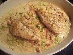Kylling på porre-/baconbund………..