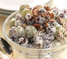 Trisha Yearwood's creamy grape salad.