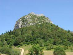 Le château de Montségur, construit en 1206, est un château qualifié de « cathare ». En effet, ce château fut implanté à l'emplacement arasé de l'ancien village fortifié qui constituait, jusqu'au siège de 1244, le lieu de résistance des cathares et des faydits.