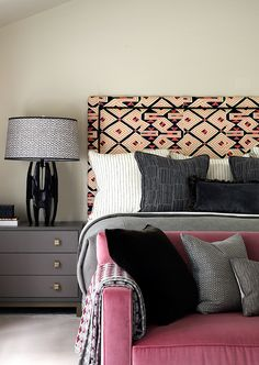 Style Guide: The Statement Headboard - Natalia Miyar Master Bedroom, Bedroom Decor, Bedroom Interiors, Apartment Projects, Inviting Home, Headboards For Beds, My Room, Interior Styling, Cool Furniture