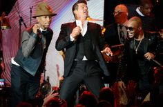 Pharrell Williams and Robin Thicke copied a Marvin Gaye song to create their controversial hit song Blurred Lines, a jury in the US has ruled Robin Thicke, Blurred Lines, Media Literacy, Marvin Gaye, Copyright Infringement, Hit Songs, The Heirs, Pharrell Williams, Ny Times