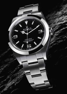 Image from http://www.swisssportswatch.com/wp-content/uploads/2014/11/rolex-oyster-perpetual-explorer-214270-watch-1.jpg.