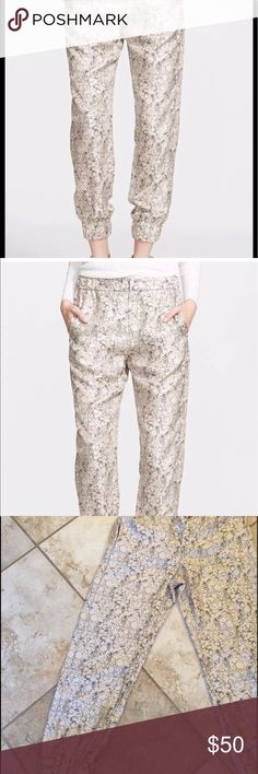 BNWT Rag n Bone silk black and white joggers sz 4 Brand new with tags Super cute and trendy Rag and Bone joggers. Can totally be dressed up or down. Timeless black and white print. Originally retail for 275.00 rag & bone Pants Track Pants & Joggers