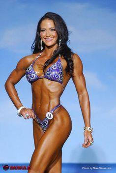Female Form #StrongIsBeautiful #Motivation #WomenLift2 erin stern.