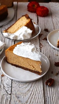 SweetPotato Cheesecake & MarshmallowMeringue by AlsoTheCrumbsPlease This Sweet Potato Cheesecake with Marshmallow Meringue is a flavor explosion. It's easy to make and the perfect recipe for the upcoming Holidays. Sweet Desserts, Easy Desserts, Sweet Recipes, Delicious Desserts, Dessert Recipes, Yummy Food, Autumn Cheesecake Recipes, Healthy Recipes, Food Cakes